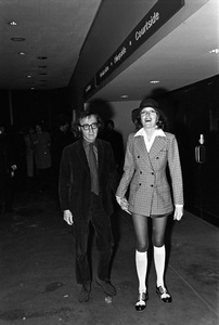"""""""Muhammad Ali vs. Joe Frazier""""Woody Allen, Diane Keaton1971 © 1978 Gunther - Image 3956_0957"""