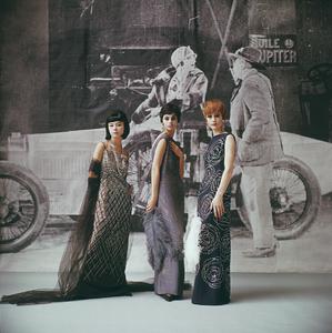 Models in Nina Ricci1961 © 2008 Mark Shaw - Image 3956_0977