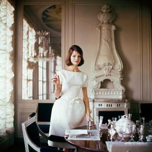 Fashion modelcirca 1960 © 2008 Mark Shaw - Image 3956_0995