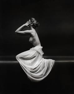 Nude Modelcirca 1953 © 2008 Mark Shaw - Image 3956_1021