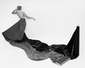 Fashion modelcirca 1960 © 2008 Mark Shaw - Image 3956_1024