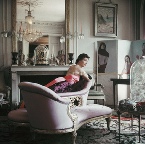Model Chislaine de Bosisson in the Paris home of Elsa Schiaparelli 1953 © 2011 Mark Shaw - Image 3956_1078