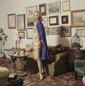 Miss Ann Mudge wearing Tiger Morse1962© 2015 Mark Shaw - Image 3956_1229