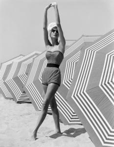 Fashion model1953© 1978 John Engstead - Image 3956_1249