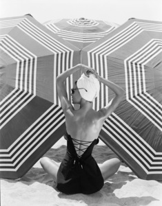 Fashion model1953© 1978 John Engstead - Image 3956_1251