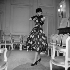"Dior model Mauviette is wearing a dress named ""Aladin"" and is from the Autumn-Winter 1953 Haute Couture collection1953© 1978 Mark Shaw - Image 3956_1277"