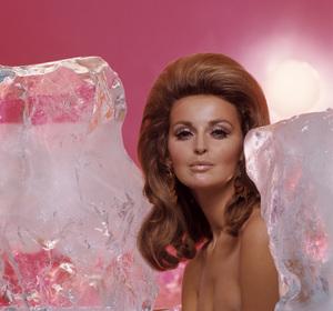 Fashion (Samantha Jones)1967© 1978 Sid Avery - Image 3956_1285