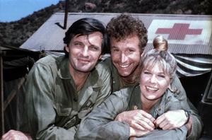 """M.A.S.H."" Alan Alda, Wayne Rogers, & Loretta Swit,C. 1976 **H.L. - Image 3958_0155"