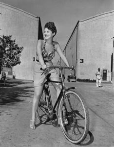 Phyllis Stewart1944Photo by Bert Six - Image 3959_0186