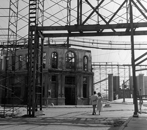 The 20th Century Fox backlot1952 © 1978 Lou Jacobs Jr. - Image 3972_0004