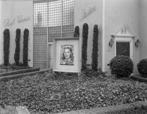 Paul Hesse Studios (La Cienega & Sunset Blvd.)circa 1950s© 1978 Paul Hesse - Image 3985_0091