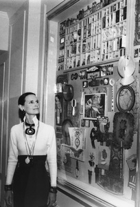 """Gloria Vanderbiltadmiring her newest art creationentitled """"Assemblage"""" displayed at the Charles of the Ritz Beauty Salon in New York CityApril 1972 - Image 4014_0005"""