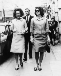 Jacqueline Kennedy and Lee Radziwill1960 - Image 4027_0003