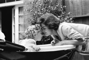 Caroline Kennedy and Jacqueline Kennedy at Georgetown 1959 © 2000 Mark Shaw - Image 4027_0058