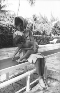 Jacqueline Kennedy and John Kennedy Jr. at Palm Beach1963 © 2000 Mark Shaw - Image 4027_0079