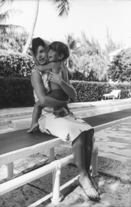 Jacqueline Kennedy and John Kennedy Jr. at Palm Beach1963 © 2000 Mark Shaw - Image 4027_0084
