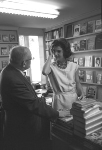 Jacqueline Kennedy at Georgetown1959 © 2000 Mark Shaw - Image 4027_0110