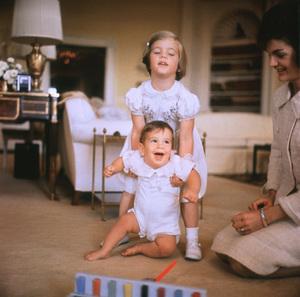 Caroline Kennedy, John Kennedy Jr. and Jacqueline Kennedy at The White House1961 © 2000 Mark Shaw - Image 4027_0116