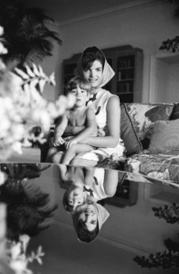 Jacqueline Kennedy and John Kennedy Jr. in Palm Beach, Florida1963© 2012 Mark Shaw - Image 4027_0175