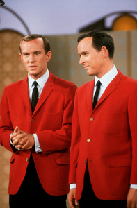 """""""Smothers Brothers Comedy Hour, The""""Tom & Dick Smothers 1967 CBS © 1978 GuntherMPTV - Image 4085_0015"""