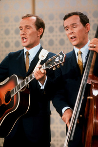 """""""Smothers Brothers Comedy Hour, The""""Tom & Dick Smothers 1967 CBS © 1978 GuntherMPTV - Image 4085_0017"""