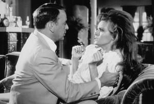 """Lady In Cement, The""Frank Sinatra, Raquel Welch1968 20th Century Fox**J.C. - Image 4159_0001"