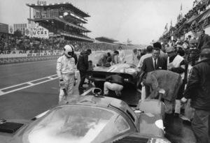 """""""Le Mans""""Race Pits, 2 Ferrari 512S1971 Solar Productions - Image 4170_0021"""