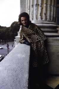 Lee Radziwill in a leopard print suit1962 © 2000 Mark Shaw - Image 4178_0023