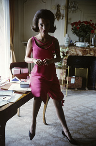 Lee Radziwill in Dior fashion1962 © 2000 Mark Shaw - Image 4178_0030