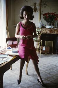 Lee Radziwill in Dior fashion1962 © 2000 Mark Shaw - Image 4178_0030