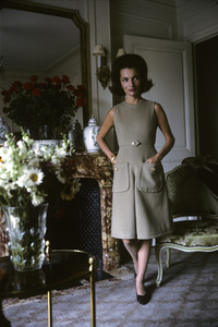 Lee Radziwill in Dior fashion1962 © 2000 Mark Shaw - Image 4178_0036