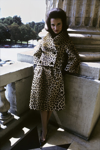 Lee Radziwill in a leopard print suit1962 © 2000 Mark Shaw - Image 4178_0043