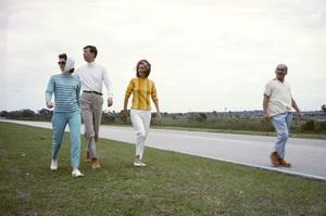 Lee Radziwill and Jacqueline Kennedycirca 1962 © 2000 Mark Shaw - Image 4178_0046