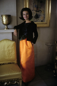 Lee Radziwill in St. Laurent fashion1962 © 2000 Mark Shaw - Image 4178_0049