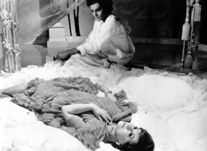 """""""Juliet Of The Spirits""""Giuletta Masina1965 Rizzoli Film / **I.V. - Image 4220_0003"""