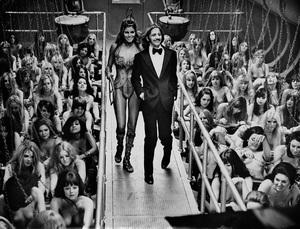 """The Magic Christian"" Raquel Welch, Ringo Starr 1969 Commonwealth United - Image 4321_0002"