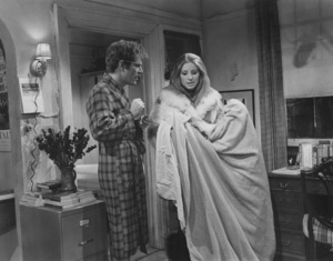"""""""Owl and The Pussycat""""George Segal, Barbra Streisand1970 Columbia - Image 4350_0002"""