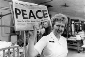 (Vietnam) Captain Maxine Cunder, Navy nurse at the Chelsea Naval HospitalJanuary 1973 - Image 4369_0011