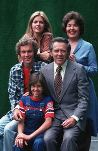 """Family""S.Thompson, J.Broderick, K.McNichol,G.Frank, M.Baxter-Birney1978 ABC**H.L.MPTV - Image 4405_0038"