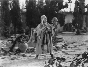 """""""Son of the Sheik, The"""", Rudolph Valentino with Vilma Banky, United Artists, 1926, **I.V. - Image 4408_0011"""