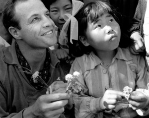 """""""The Teahouse of the August Moon""""Marlon Brando on location in Japan1956 © 1978 Sanford Roth - Image 4432_0011"""