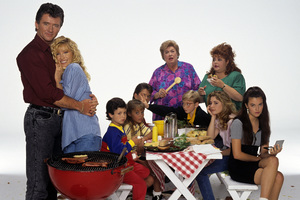 """Step By Step""Patrick Duffy, Suzanne Somers, Josh Byrne, Christine Lakin, Brandon Call, Peggy Rea, Christopher Castile, Patrika Darbo, Staci Keanan, Angela Watson1991© 1991 Mario Casilli - Image 4538_0010"