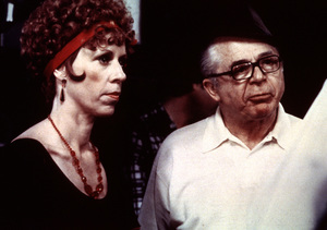 """Front Page, The""Director Billy Wilder and Carol Burnett1974 UI © 1978 Bill Avery / MPTV - Image 4566_0030"