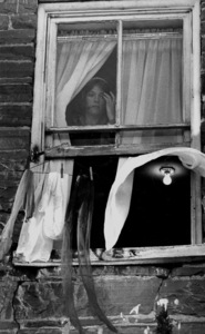 "Jacqueline Bisset on location for ""The Grasshopper,"" 1969. © 1978 Bill AveryMPTV - Image 4567_1"