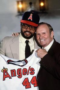 Gene Autry and Reggie Jackson1982 © 1982 Gunther - Image 4593_0002