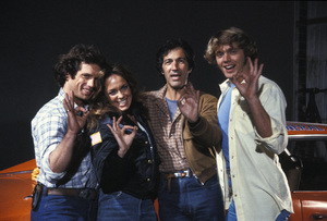 """The Dukes of Hazzard""Tom Wopat, Catherine Bach, unknown, John Schneider1981 © 1981 David Sutton - Image 4599_0004"