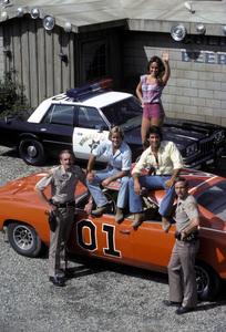 """The Dukes of Hazzard""Byron Cherry, Catherine Bach, Christopher Mayer1982 © 1982 Gene Trindl - Image 4599_0011"