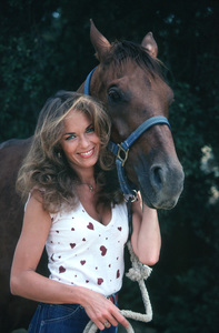 """""""The Dukes of Hazzard""""Catherine Bach1981**H.L. - Image 4599_0045"""