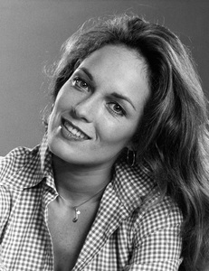 """The Dukes of Hazzard"" Catherine Bach circa 1979 ** I.V. - Image 4599_0075"