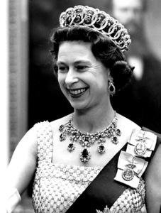 Queen Elizabeth IIc. 1968 - Image 4618_0008